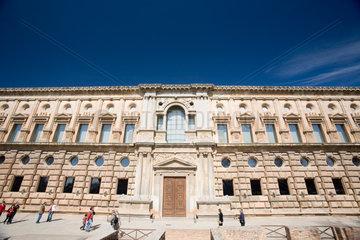 Granada  Spanien  Fassade des Palastes von Koenig Karl V.