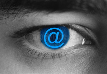 Auge  e-mail  email  e-mail