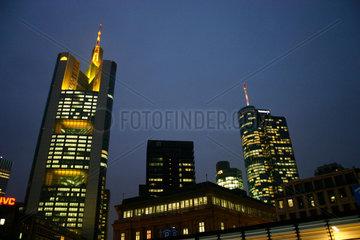 Commerzbank und Helaba