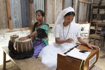Musik auf traditonellen Instrumenten