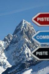 Im Skigebiet Planpraz  Blick zur Aiguille du Chardonnet  Chamonix  Hochsavoyen  Frankreich