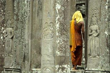 Kambodscha Angkor Thom Buddhistischer Moench