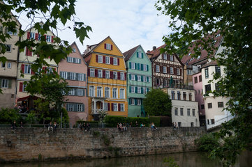 Tuebingen  Deutschland  Neckar und Altstadt
