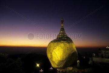 Burma Goldener Felsen Sonnenuntergang