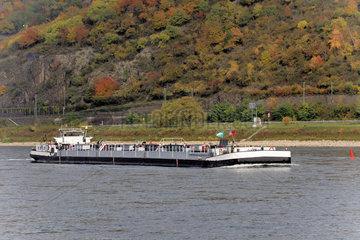 Tankmotorschiff auf dem Rhein