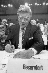 Helmut Schmid  ehemaliger deutscher Bundeskanzler  1986