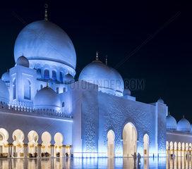 Sheikh Zayed Grand Mosque  Main prayer room entrance by night  Abu Dhabi  UAE