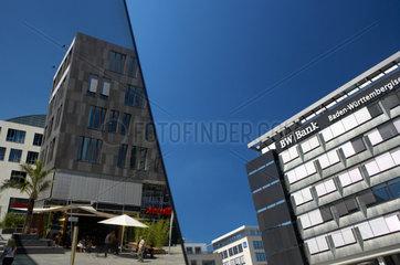 Stuttgart  Spiegelung der Koenigsbau-Passagen  und BW-Bank