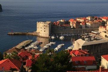 Kroatien  Sued-Dalmatien  Altstadthafen Dubrovnik