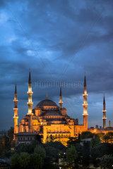 Blaue Moschee in der Daemmerung
