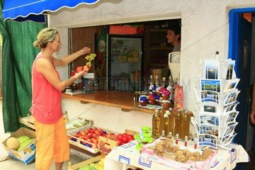 Kroatien  Kornaten  Insel Kornat  Supermarkt in Vrulje