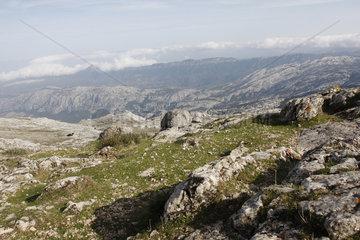 Monte Corrasi  Blick ueber der Supramonte di Oliena