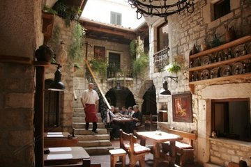 Kroatien  Kvarner  Insel Rab  Restaurant Santa Maria Altstadt Rab