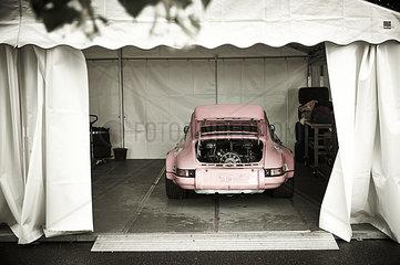 Porsche in Pink