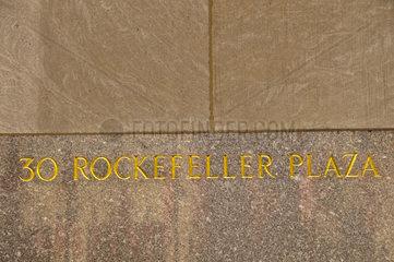 30 Rockefeller Plaza  die offizielle Adresse des General Electric Building  vormals RCA Building  ein Wolkenkratzer in New York und Teil des Rockefeller Center-Komplexes  Manhattan  New York City  USA