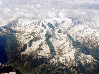Alpen Berggipfel Schnee Luftaufnahme Luftfoto Bergmassiv 1