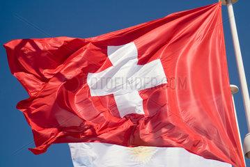 Frankreich  wehende Schweizer Nationalflagge