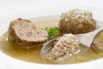 Riedlingen  Deutschland  geformte Fleischloesschen in Bouillon