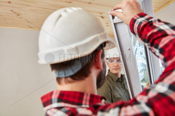 Fenstermonteure bei Fenster Montage