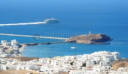 Naxos Panorama 4