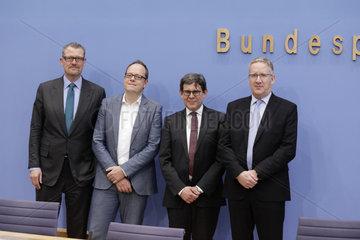 Bundespressekonferenz zum Thema: Vorstellung der Forderungen der Metall- und Elektro-Industrie zum Thema Befristung