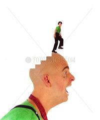 Kopf Treppe Mann