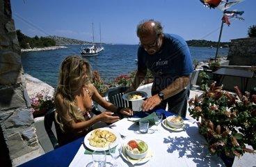 Kroatien  Kornaten  Insel Zut  Bucht Hiljaca  Konoba Vison