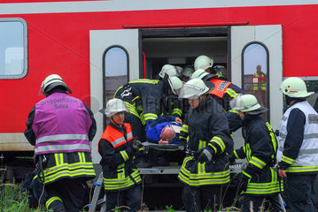 Feuerwehr im Einsatz (__bung)