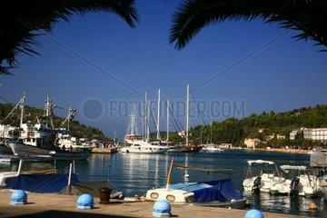 Kroatien  Sued-Dalmatien  Insel Korcula  Stadthafen Vela Luka