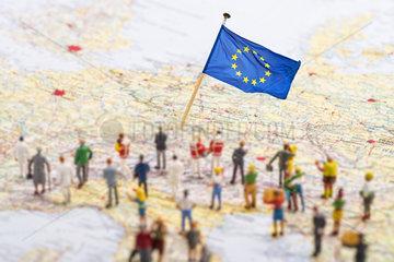 Symbolfoto Fluechtlinge mit Ziel Europa