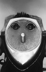 New York Battery Park coin operated binocular
