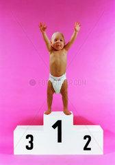 Baby auf Siegerpodest