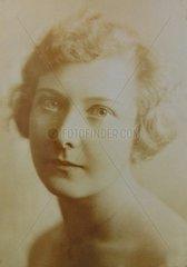 Serie Historische Fotografie Junge Frau 1925