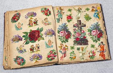altes Poesiealbum mit Oblaten  1893