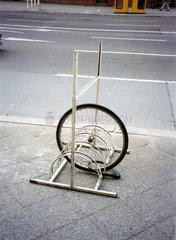 Fahrradstaender mit Radreifen