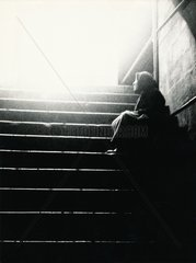 Alte Frau Licht und Schatten