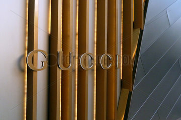 Las Vegas  USA  Schriftzug Gucci an einer Hausfassade