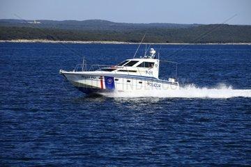 Kroatien  Istrien  Polizeiboot auf der Adria