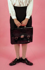 Frau mit Aktentasche