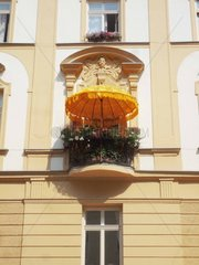 Balkon Sonnenschirm Sommer