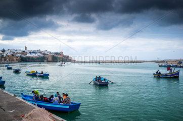 Rabat  Marokko  Fischerboote im Bou-Regreg