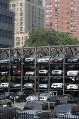 New York  ungewoehnliche Parkplatzanlage