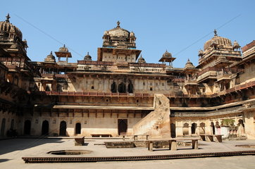 INDIA-ORCHHA-MUGHAL DYNASTY-ARCHITECTURE