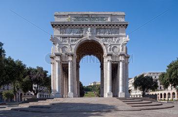 Genua  Italien  der Arco della Vittoria auf der Piazza della Vittoria