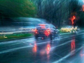 BMW im Regen