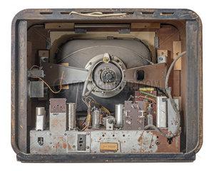 frueher Fernseher von Blaupunkt  technisches Innenleben  1953