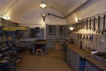 Schoenenbourg  Frankreich  Werkstatt im Artilleriewerk Schoenenbourg
