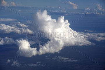 Broome  Australien  ueber den Wolken