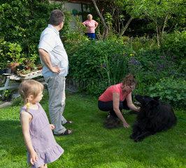 Breslau  Polen  drei Generationen nachmittags im Garten