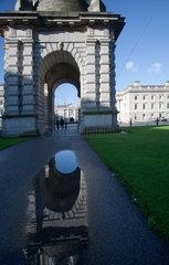 Dublin  Irland  Hauptplatz des Trinity Colleges